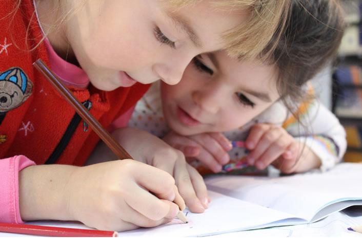 Educație – Happy Day